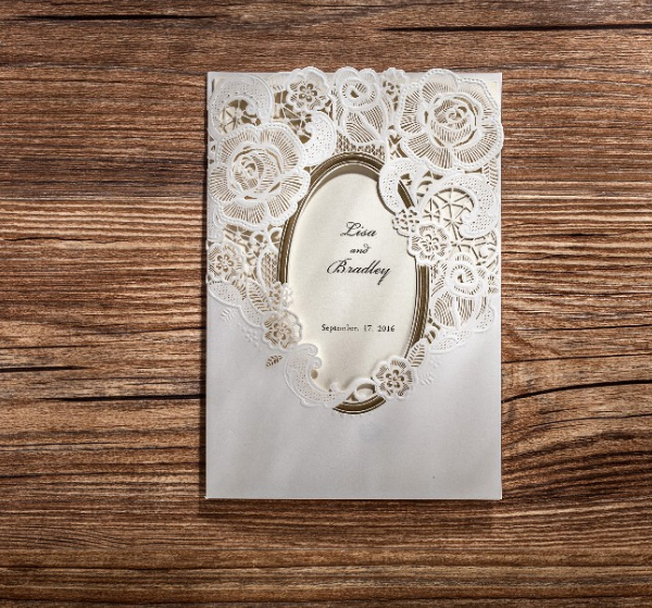 Белые пригласительные на свадьбу